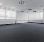 Lichtdurchflutetes Erdgeschossbüro